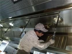 油烟管道清洗工人分享技巧如下: