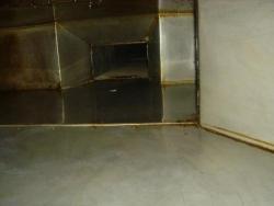厨房油烟管道的装置事项及清洗方法: